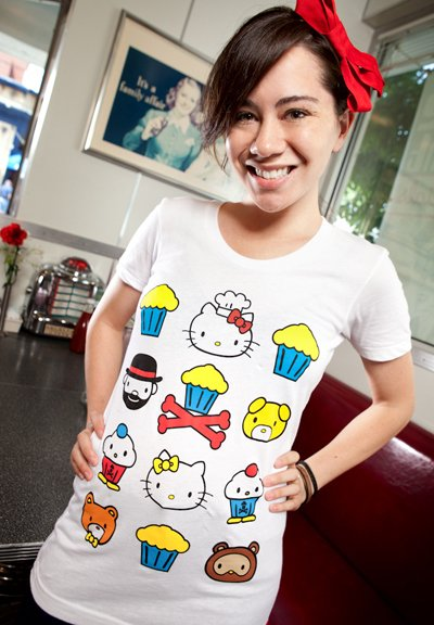 Size L - Johnny Cupcakes x Hello Kitty JC/HK Friendly Faces Girls T-Shirt White