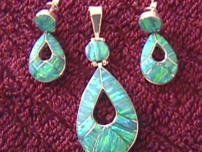 Sterling Silver Natural Green Opal Earrings & Pendant