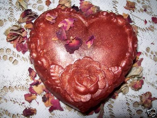 Handmade Glycerin Soap~ HEART & ROSES~CHOICE OF SCENTS!