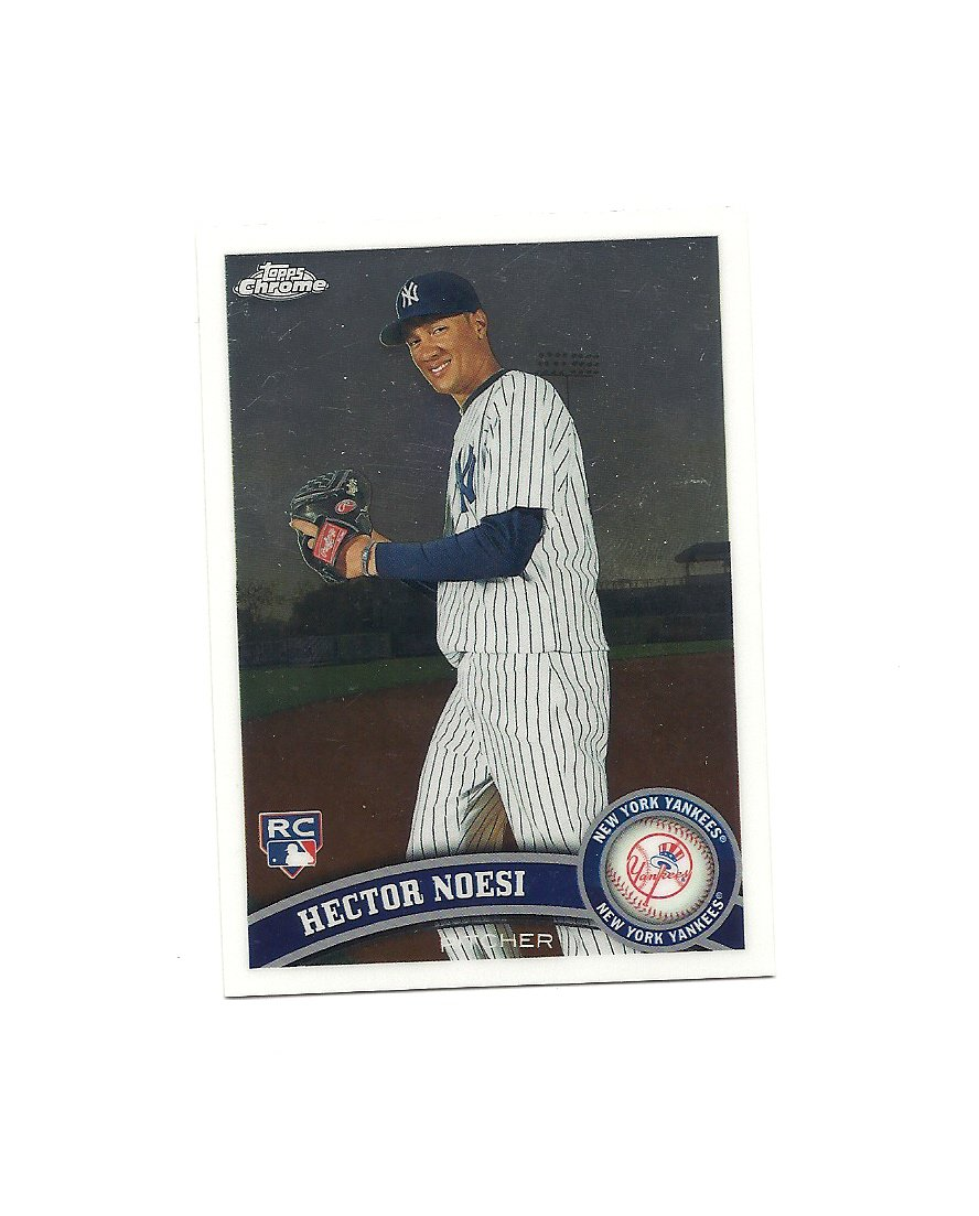 Hector Noesi 2011 Topps Chrome Rookie Card #218 New York Yankees/Seattle Mariners