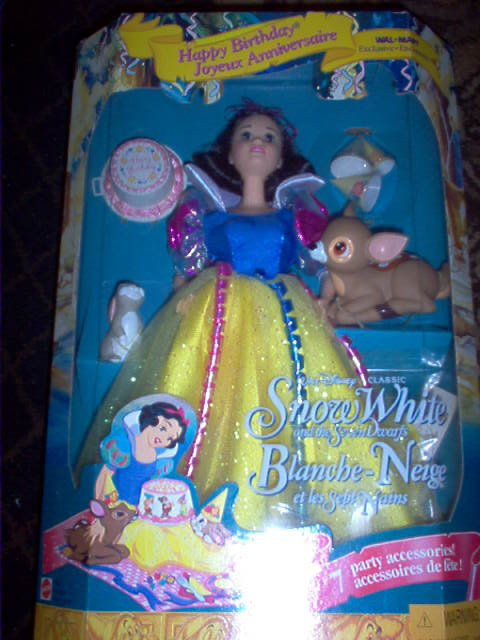 Snow White Happy Birthday Doll - Walmart Exclusive