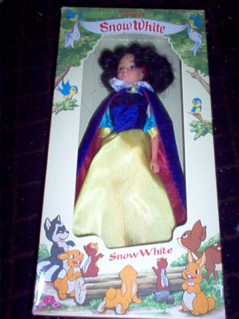 Snow White Doll - Bikin