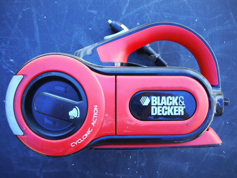 Black and Decker PAV1200P Automotive Pivoting VAC 12V