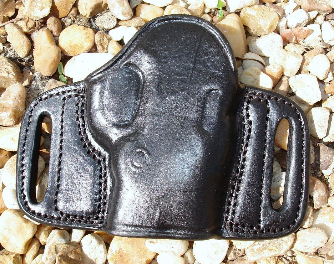 Tagua Leather Belt Slide Holster for S&W BODYGUARD 380 - Black - Right Hand Draw