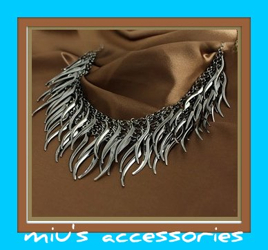 Miu's Willow Leaf Fringe Collar Necklace (mis.2)
