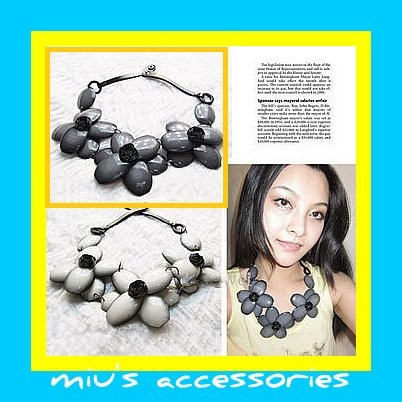 Miu's Acrylic Gray Flower Leather String 59cm Collar Necklace (mis.14)