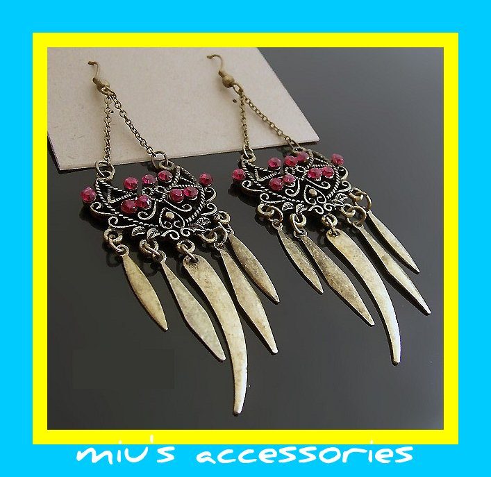 Miu's Ethnic Sickle Leaf Fringe Earrings (mis.20)