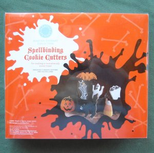 Halloween Martha Stewart 2008 Spellbinding Cookie Cutters