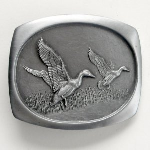 Hunters Flying Ducks Pewter alloy belt buckle +
