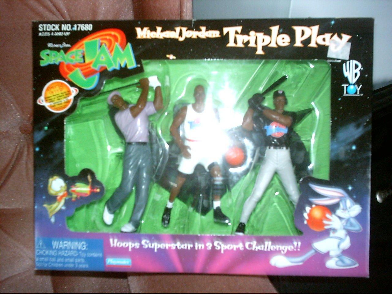 1996 Micheal Jordan Triple Play Space Jam Action Figures