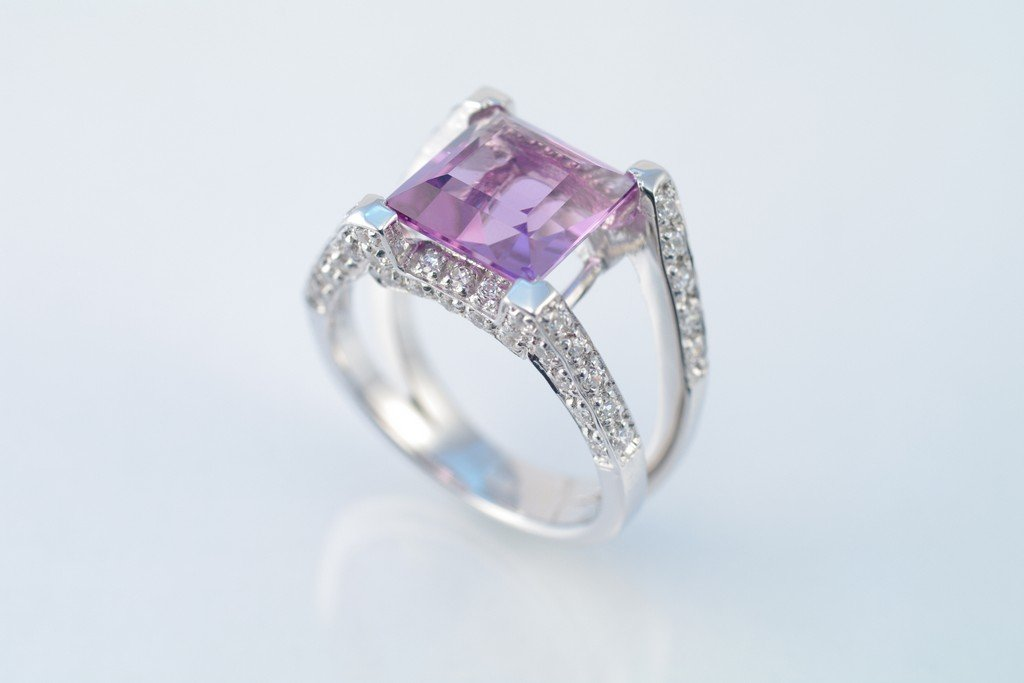 Amethyst ring w/ CZ. 925 sterling silver W/G plated