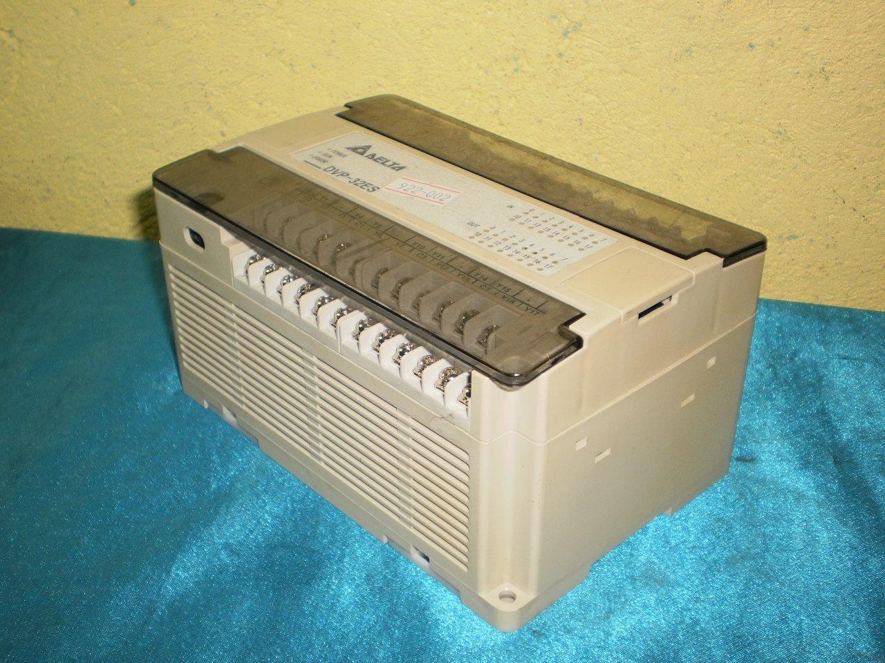 Delta  DVP32ES00R PLC