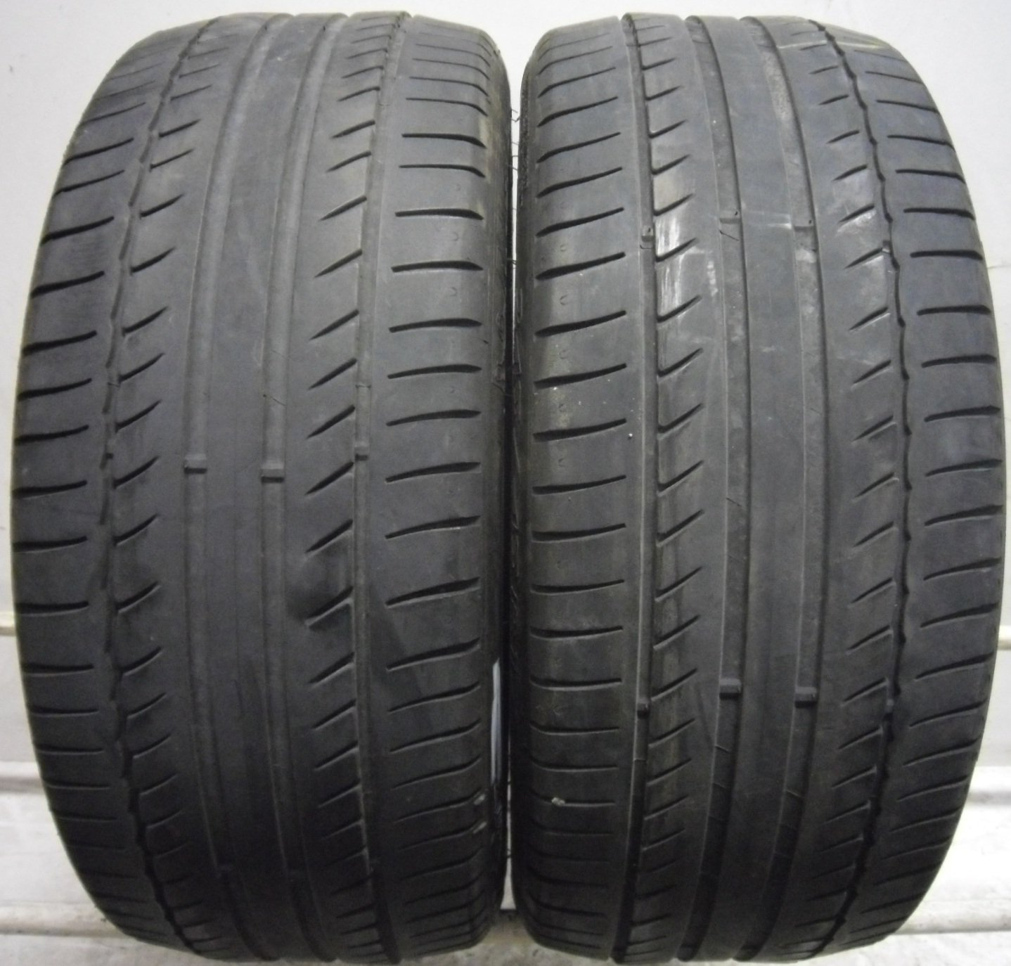 2 2454517 michelin 245 45 17 primacy hp zp runflat part worn used tyres x2. Black Bedroom Furniture Sets. Home Design Ideas