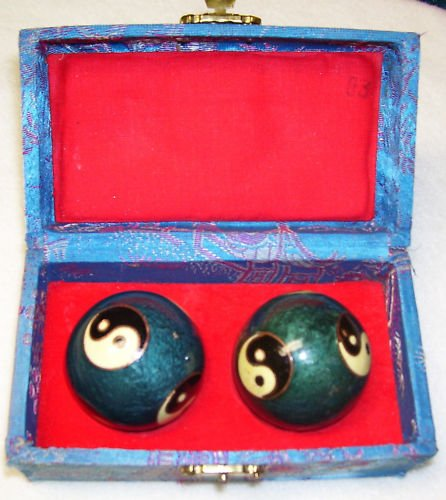 Chinese Health Promotion Ball - Hua-Yi - vintage