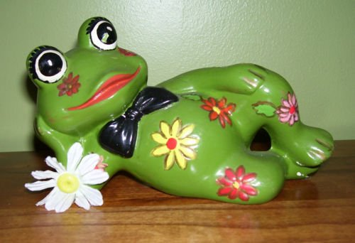 Relaxing Frog - Pottery