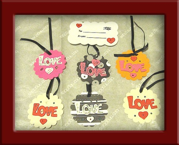 "3"" Scalloped ""Love"" Cardstock Hangtags"