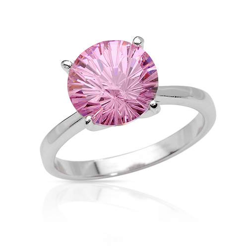 Stunning Ring with 8.12ctw Cubic Zirconia Made in 925 Sterling Silver