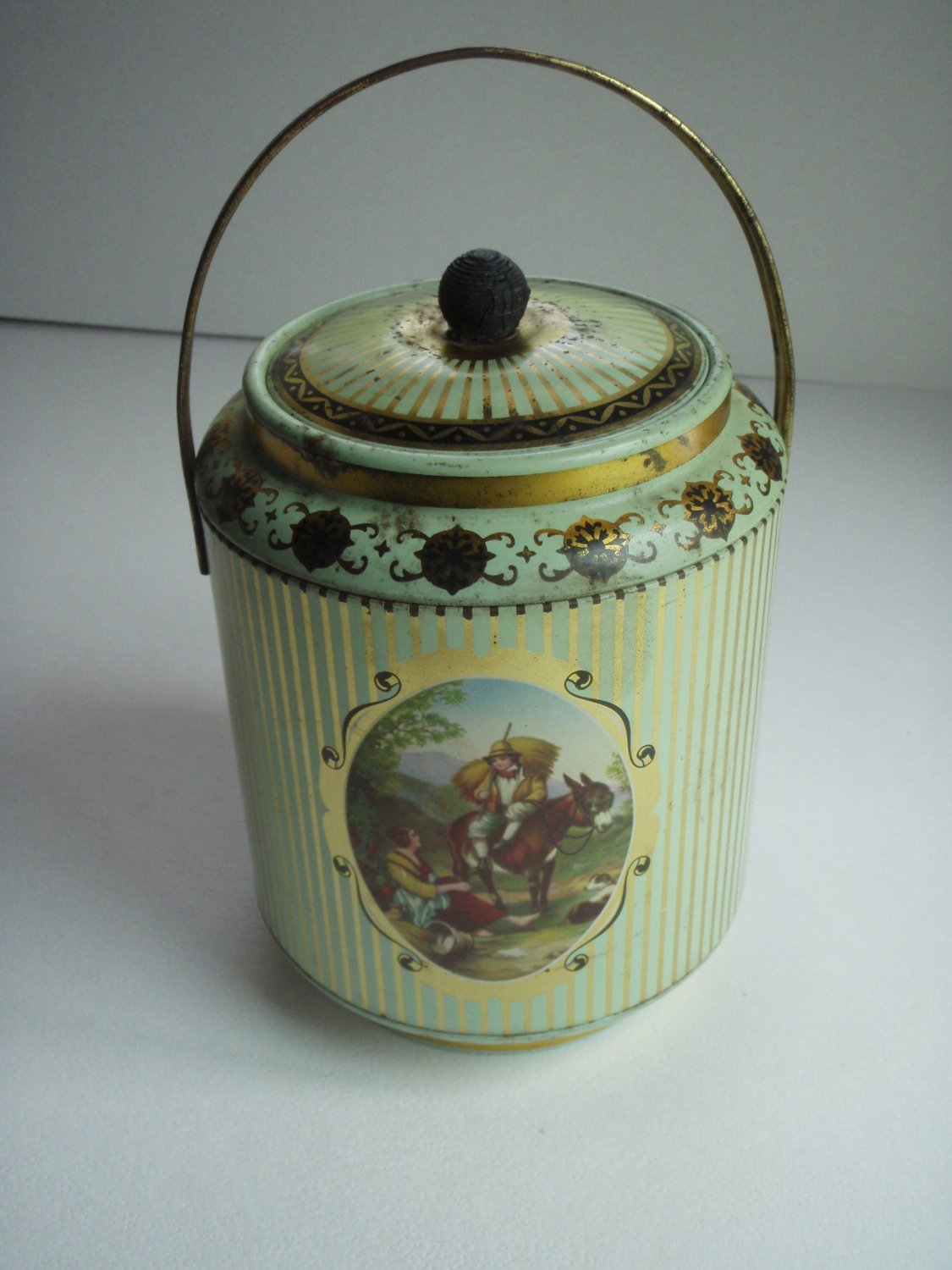 Vintage English Tea Biscuit Metal Tin