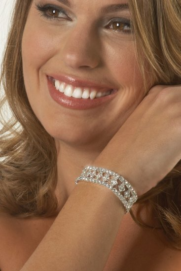 Diamond Center Rhinestone Bracelet