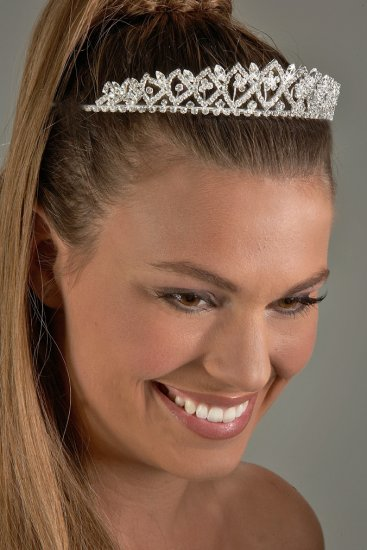 Diamond Pattern Rhinestone Tiara