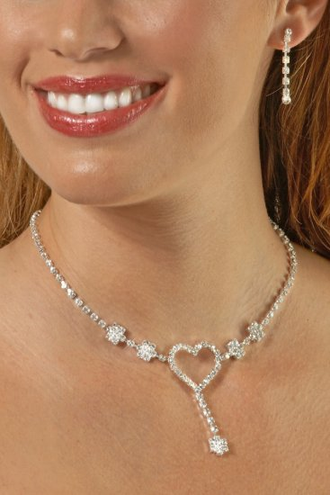 Swarovski Crystal Large Heart with Drop Necklace Set