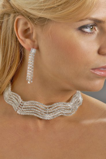 Wavy Rhinestone Collar Necklace Set
