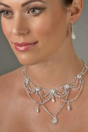 Classic Glamour Rhinestone Necklace Set