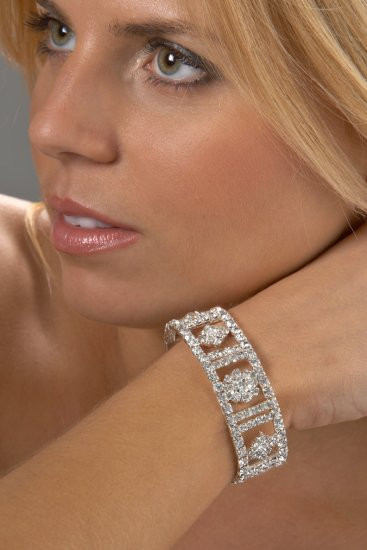 Circle-in-the-Square Stretch Rhinestone Bracelet