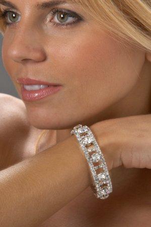 Lavish Rhinestone Bracelet