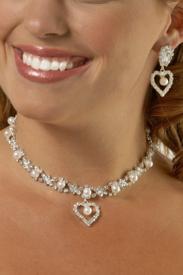 Large Heart Pearl and Rhinestone Necklace Set