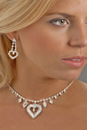 Sweetheart Rhinestone Necklace Set