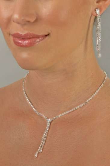 Sleek and Sexy Rhinestone Necklace Set