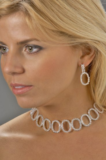 Oval Collar Rhinestone Necklace Set