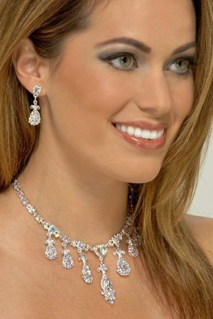 Fancy AB Rhinestone Necklace Set