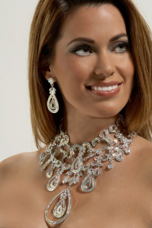 Spectacular Drop AB Rhinestone Necklace Set