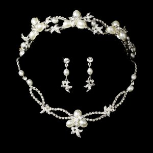 Vintage Inspired Pearl and Rhinestone Tiara and Jewelry Set Quinceanera, Mis Quince Anos