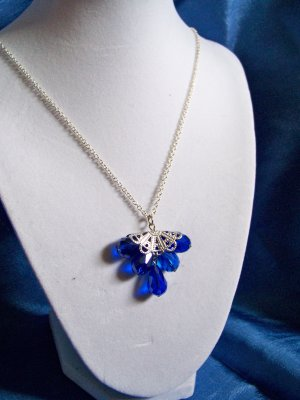 Blue crystal fan necklace