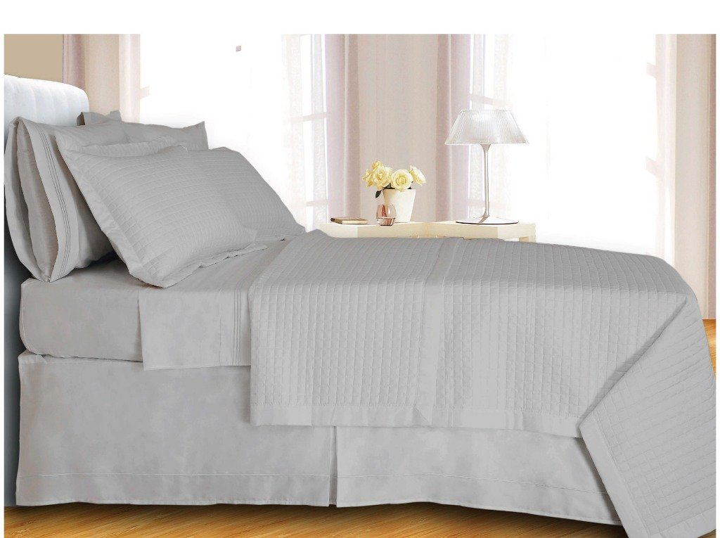 White Checkered Coverlet Set Egyptian cotton 400 Thread count Reversible