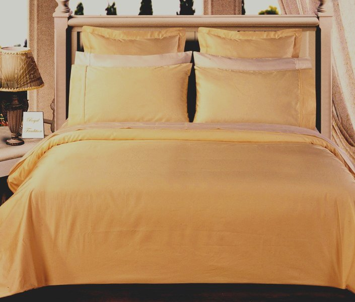 Gold Solid Down Alternative 4-pc Comforter Set,100% Egyptian cotton, 550 Thread count