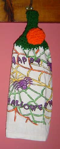 buttonless HAPPY HALLOWEEN crochet topped towel