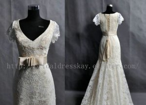 Vintage Mermaid Short Sleeve V-neck Lace Wedding Dress Gown