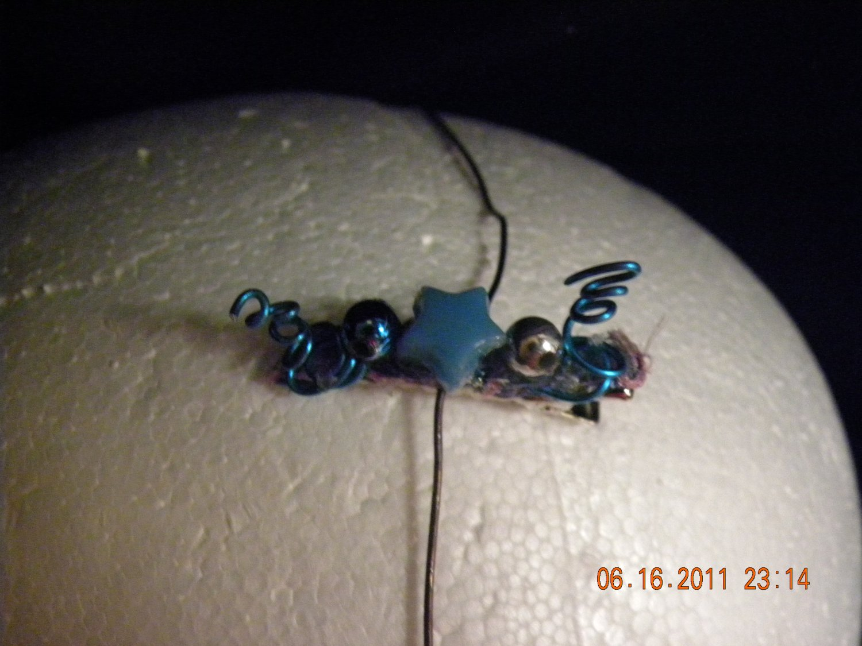Blue clip