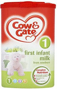 Cow & Gate Complete Nutrition First Infant Milk Powder from Newborn (900g)