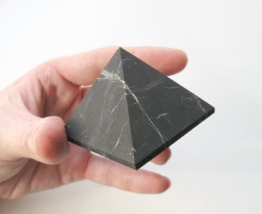 Shungite PYRAMID Healing Metaphysical Stone Shungit Schungit non-polished 94 gr Natural