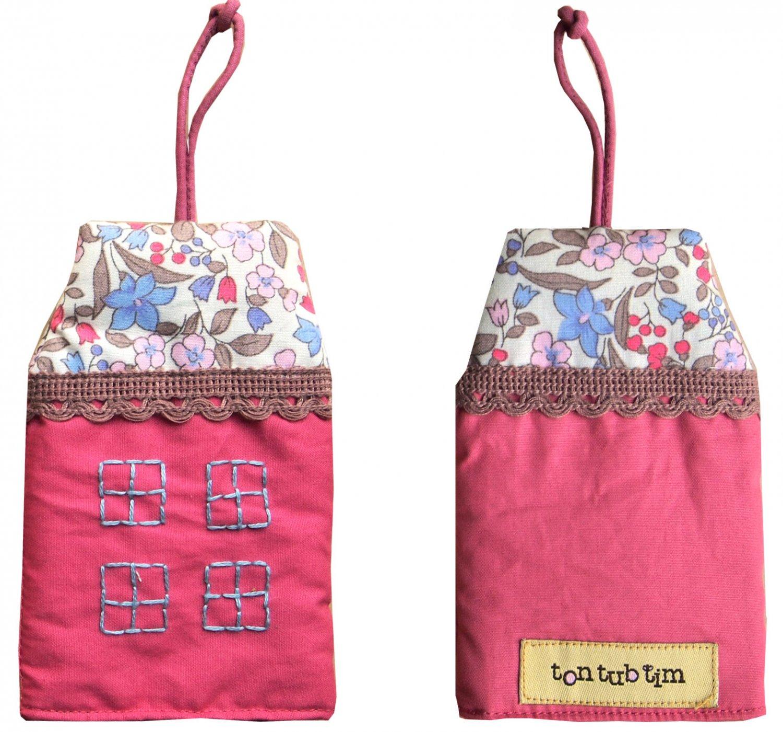 TonTubTim Home Sweet Home Key Holder / Key Fob (size s): Dark Pink