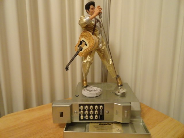 Elvis Presley Telemania Limited Edition Hound Dog Phone