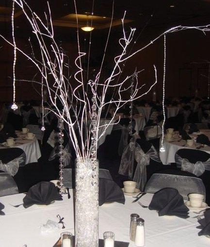 Winter wonderland manzanita tree with beaded garland