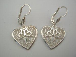 New Gorgeous Italian Sterling Filigree Heart Earrings