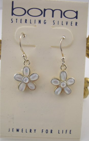 New Boma Mother of Pearl Daisy Flower Drop Earrings