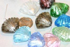 DESIGNER FOIL SHELL GLASS BEADS